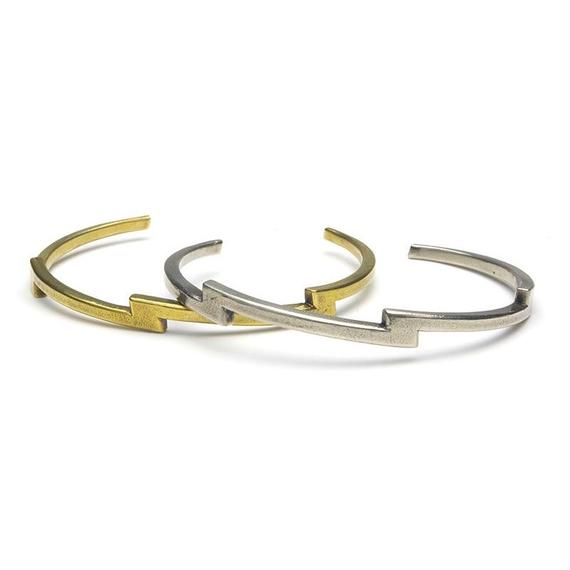 "HB-10-B,Wb   ""THUNDER"" Bangle"