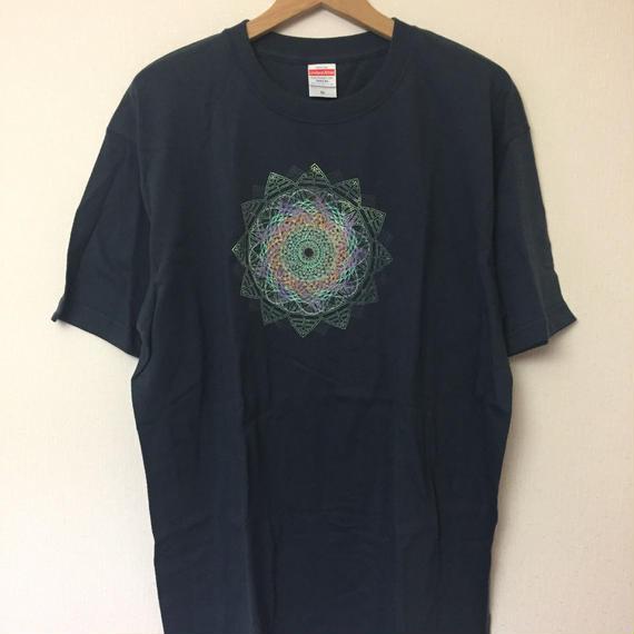 Mandala Tシャツ