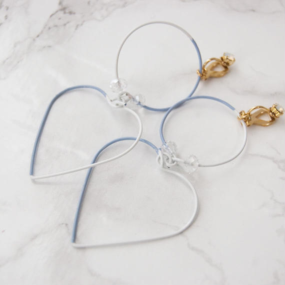 Arty Wire Earrings 2016 FW collection - heart&circle vintage blue / EARRINGS
