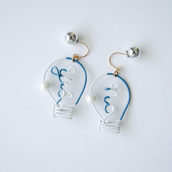 Arty Wire Pierced Earrings  -yes no bulbs  PIERCE  / GRAY BLUE
