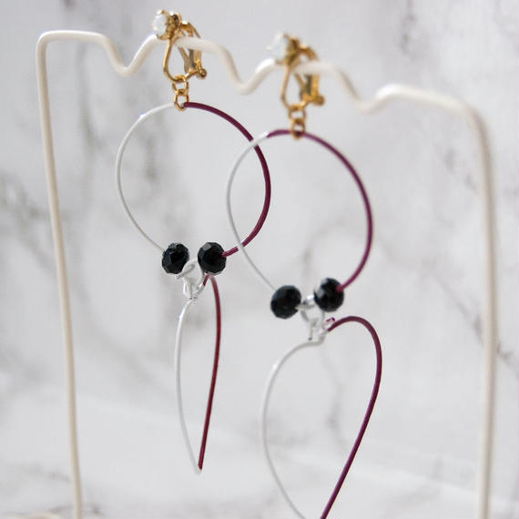 Arty Wire Earrings 2016 FW collection - heart&circle boldeaux / EARRINGS