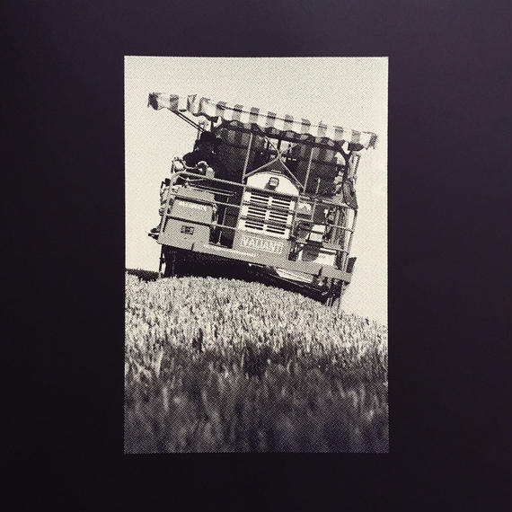 SILKSCREEN W150mm x H225mm / GREEN TEA PICKING MACHINE / white ink on black