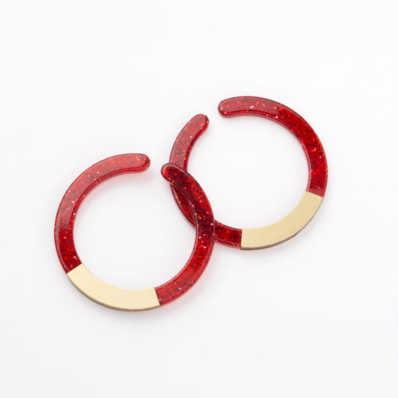 Circle Earcuff (Red)