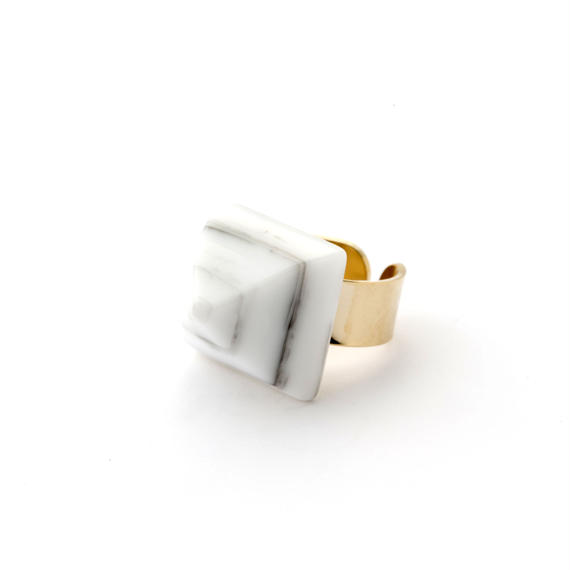 Pyramid Ring(Marble Gray)