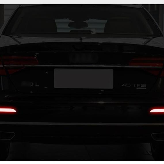 反射ステッカー 発光 マーク デカール 安全装飾用 ペア リヤバンパー BMW フォード ベンツ アウディ h00124