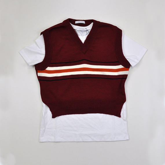 DELADA | T-SHIRT WITH HANGING KNITTED VEST  | WHITE&BERRY RED