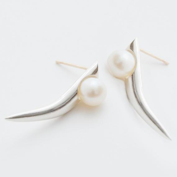 thorn pearl pierce
