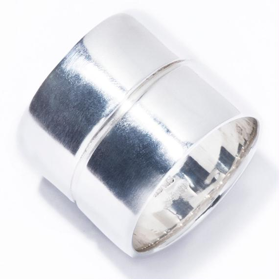 the line ring