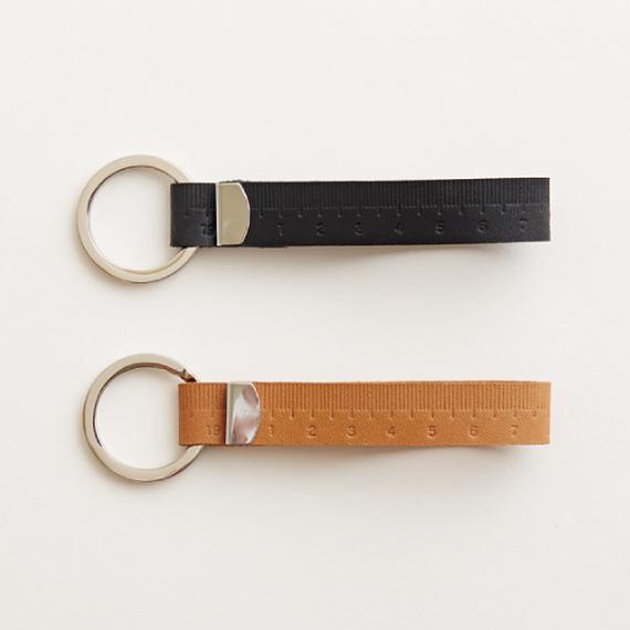 tape measure keyholder(nude  / black)