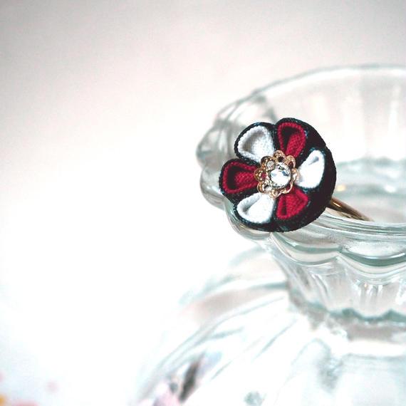 大島紬の紅白花心リング