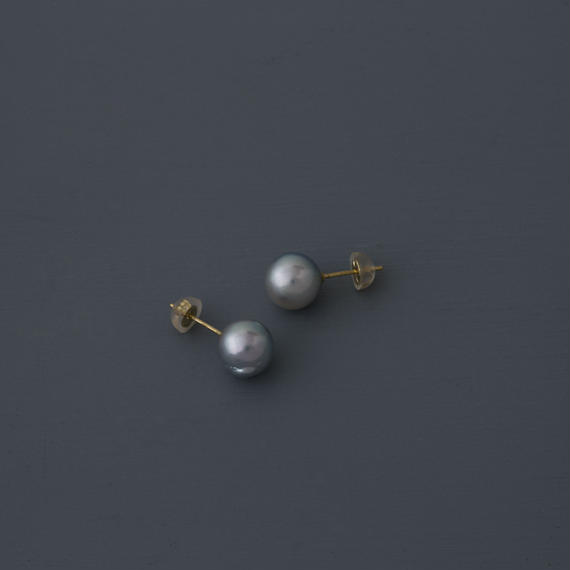【earrings】18K akoya light gray baroque pearl