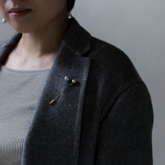【pin brooch】1 point akoya light gray baroque pearl
