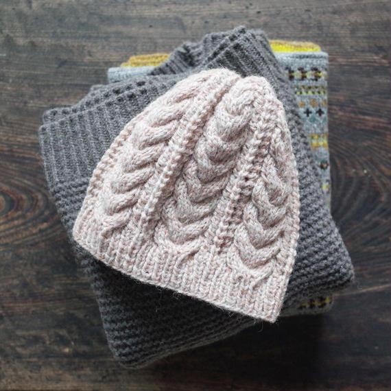 ケーブルとレースのニット帽 / Herkkä[ヘルッカ]/ パウダーピンク