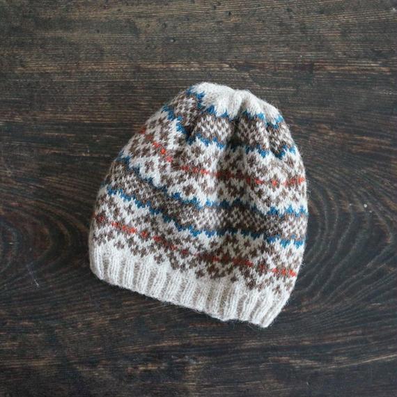 北欧風編み込み模様のニット帽 / Leikki[レイッキ]/ ブルー×レッド