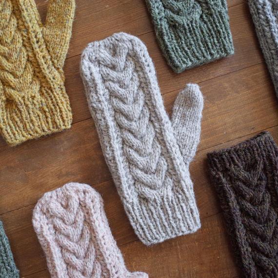ケーブルとレースの手袋 / Herkkä[ヘルッカ]/ ナチュラルベージュ