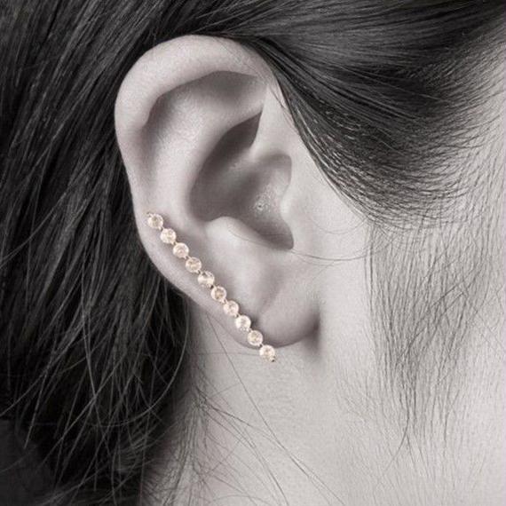 10金ホライゾンイヤークライマーピアス(天然ホワイトトパーズ)[Elenore Jewelry]
