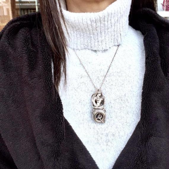 マッドグラフティコラボペンダントQ[Vallucina]【1/13までの限定販売】
