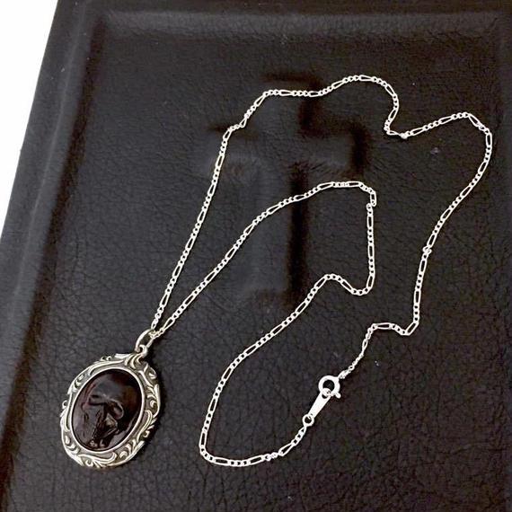 [OWL'S-pendant]【残り1点】オーバルウッドスカル(漆塗り紫檀)ペンダント