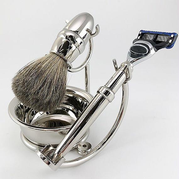 オール真鍮ニッケルメッキ加工のSILVER GILLETTE FUSION5