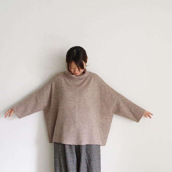 i c h i 180483 Mohair Knit Turtle Neck Pullover / Beige