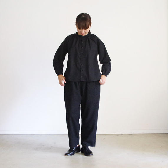 i c h i 180602 Cotton Typewriter Gather Shirts / Black