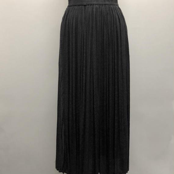 ペイズリー刺繍ロングスカート