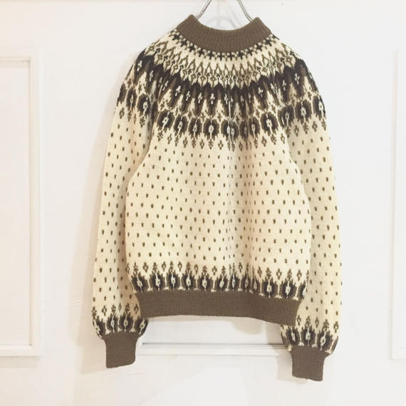 hi neck nordic sweater