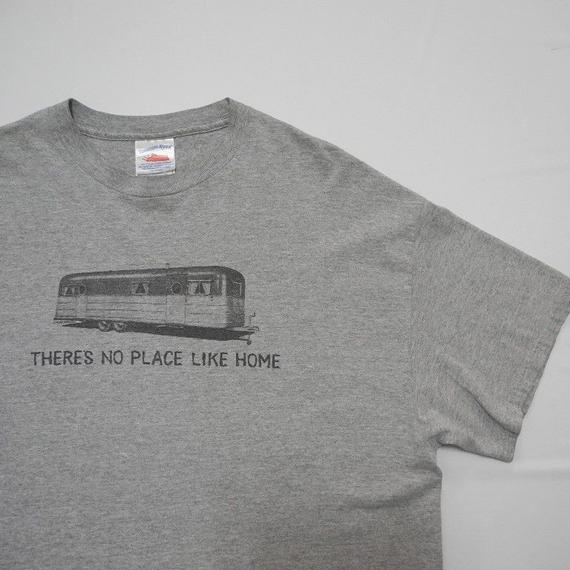 THERES NO PLACE LIKE HOME  MADE IN USA  XL