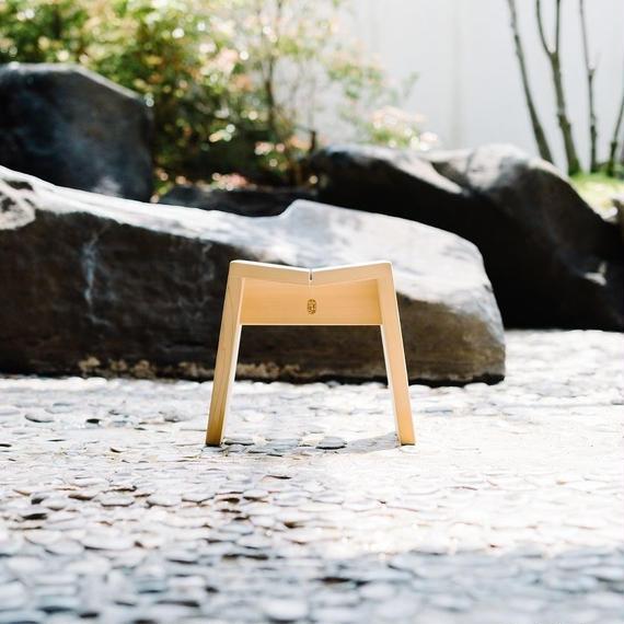 木曽のサワラで作った風呂椅子
