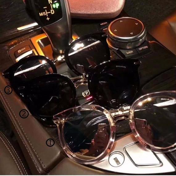 超人気 サングラス  メガネ 数量限定