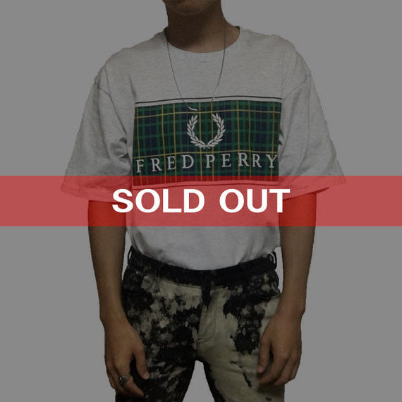 【USED】FRED PERRY T-SHIRT