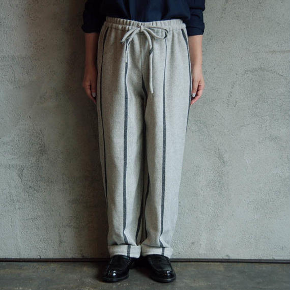 TOWAVASE Wool pants