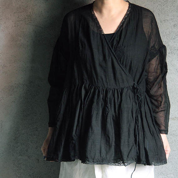 TOWAVASE Eva blouse black