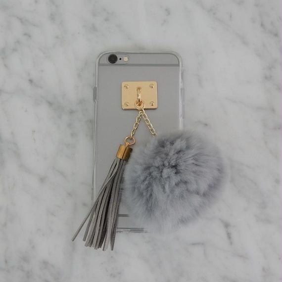 ot-02621 送料無料! ラビットファー  ボンボン&タッセル付き グレーポンポン  クリア iphoneケース