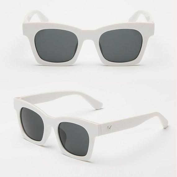sunglasses-02032 ホワイトフレーム ウェリントン ブラックレンズサングラス