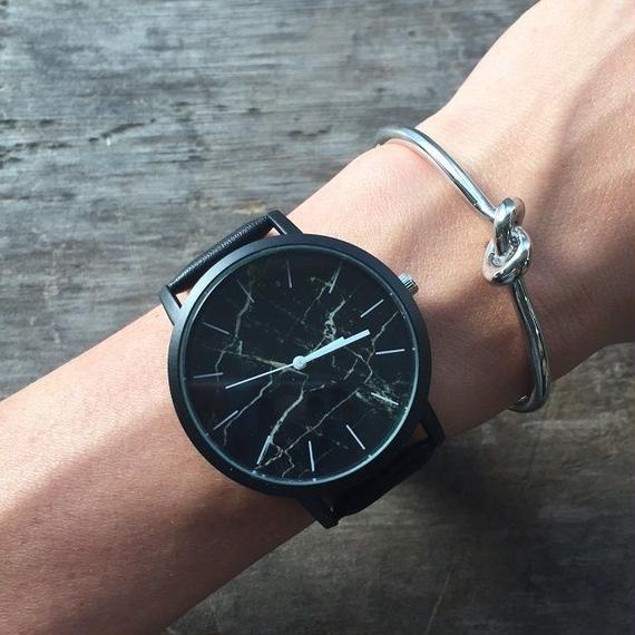 watche-02018 送料無料! ブラック大理石柄ウォッチ ブラックマーブル柄 腕時計 電池内臓済み 男女兼用サイズ