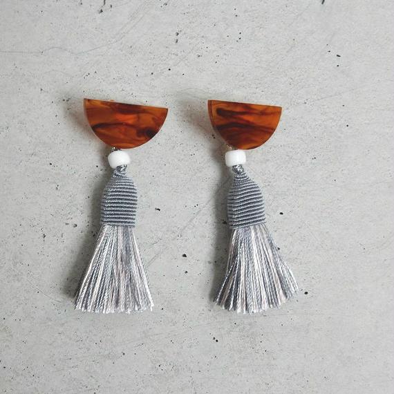 earrings-02246 タイプ246 ハンドメイド 日本製 タッセル仕様 ボリュームパーツイヤリング☆WA04