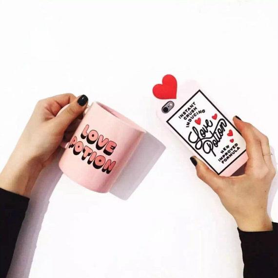 iphone-02130 送料無料! Love Potion ピンク iPhoneケース