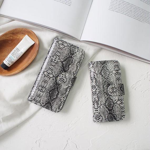 iphone-02422 送料無料! 手帳型 ブラックパイソン柄 カード収納付き iPhoneケース