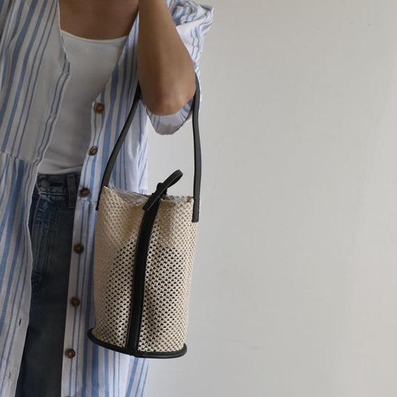 bag2-02372 メッシュネット バケツ型ショルダーバッグ ハンドバッグ スマホケース付き ヌードカラー ブラック