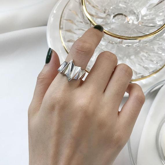 ring2-02036 送料無料! SV925 エンボスシャープデザインリング シルバー925