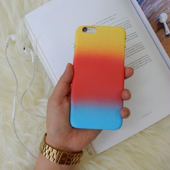 iphone-02153 送料無料! マットな素材 レインボー イエロー×レッド×ブルー iPhoneケース