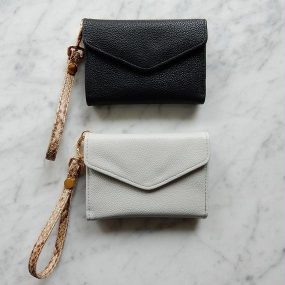 wallet-02018 パイソンストラップ付き ミニ財布 小銭入れ付き 三つ折り ミニウォレット