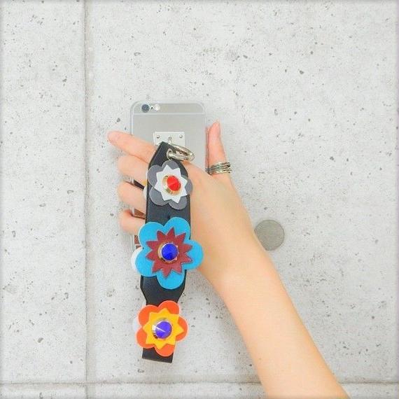 iphone-02261 送料無料! フラワースタッズ付きストラップ メタリックシルバー iPhoneケース