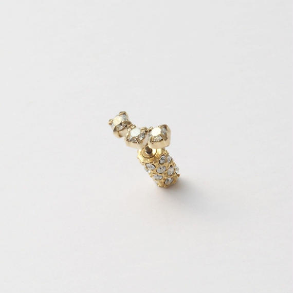 3 crystals gold catch pierce