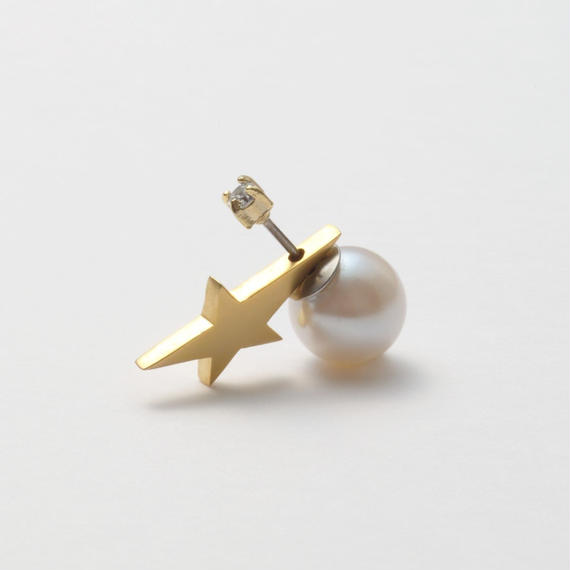 2way star pierce (vertical type/cubic zirconia/9mm pearl catch)