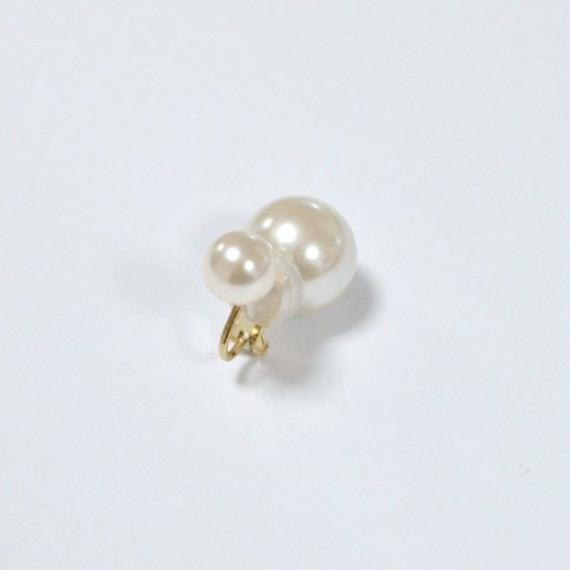 basic pearl rivets earring(white)