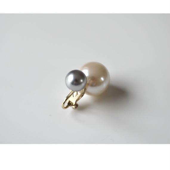 basic pearl rivets earring(light gray)