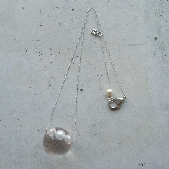 inclusion necklace (3 pearls)