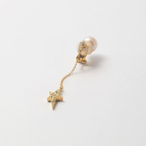 star chain short earring(1cubiczirconia/swarovski element/9mm pearl catch)